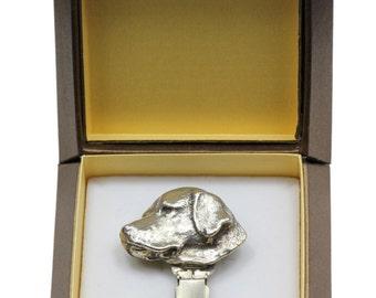 NEW, Labrador Retriever, dog clipring, in casket, dog show ring clip/number holder, limited edition, ArtDog