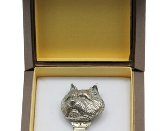 NEW, Norwich Terrier, dog clipring, in casket, dog show ring clip/number holder, limited edition, ArtDog