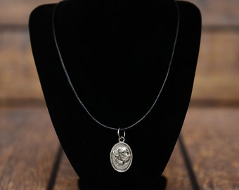 Labrador Retriever, dog necklace, medallion, limited edition, extraordinary gift, ArtDog