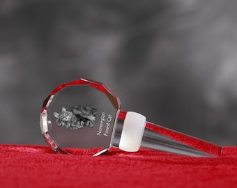 Norwegian Forest Cat, Crystal Wine Stopper with cat, Wine and Cat Lovers, High Quality, Exceptional Gift. New Collection