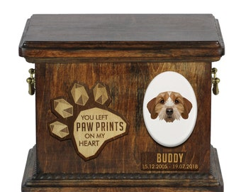 Urn for dog ashes with ceramic plate and sentence - Geometric Basset Fauve de Bretagne, ART-DOG. Cremation box, Custom urn.