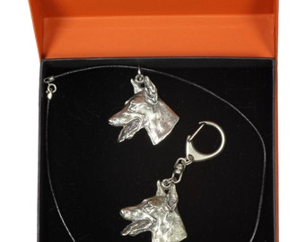 NEW, Dobermann, dog keyring and necklace in casket, PRESTIGE set, limited edition, ArtDog . Dog keyring for dog lovers