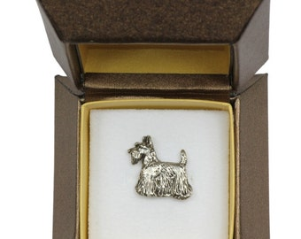 NEW, Scottish Terrier (body), dog pin, in casket, limited edition, ArtDog