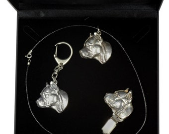 NEW, American Staffordshire Terrier, dog keyring, necklace and clipring in casket, DELUXE set, limited edition, ArtDog