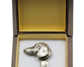 NEW, Dachshund smoothhaired, dog clipring, in casket, dog show ring clip/number holder, limited edition, ArtDog