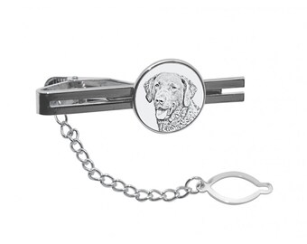 NEW! Chesapeake Bay retriever - Tie pin with an image of a dog.