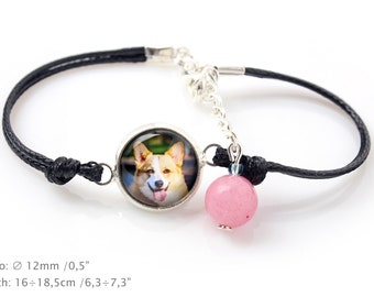 Pembroke Welsh Corgi. Bracelet for people who love dogs. Photojewelry. Handmade.