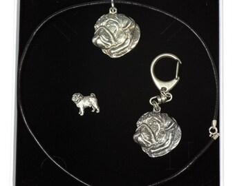 NEW, Pug, dog keyring, necklace and pin in casket, ELEGANCE set, limited edition, ArtDog . Dog keyring for dog lovers