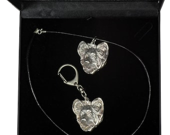 NEW, Papillon, dog keyring and necklace in casket, DELUXE set, limited edition, ArtDog . Dog keyring for dog lovers