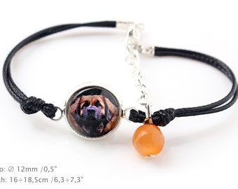 Leoneberger. Bracelet for people who love dogs. Photojewelry. Handmade.