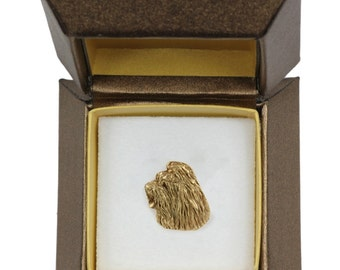NEW, Briard, dog pin, in casket, gold plated, limited edition, ArtDog