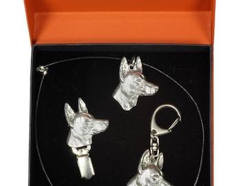 NEW, Pharaoh Hound, dog keyring, necklace and clipring in casket, PRESTIGE set, limited edition, ArtDog . Dog keyring for dog lovers