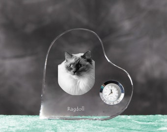 Ragdoll - crystal clock in the shape of a heart with the image of a pure-bred cat.