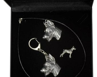 NEW, Dobermann, dog keyring, necklace and pin in casket, DELUXE set, limited edition, ArtDog . Dog keyring for dog lovers