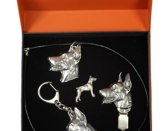 NEW, Dobermann, dog keyring, necklace, pin and clipring in casket, PRESTIGE set, limited edition, ArtDog . Dog keyring for dog lovers