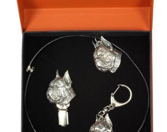 NEW, Boxer, dog keyring, necklace and clipring in casket, PRESTIGE set, limited edition, ArtDog . Dog keyring for dog lovers