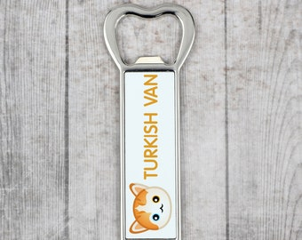 A beer bottle opener with a Turkish Van cat. A new collection with the cute Art-Dog cat