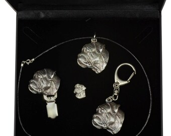 NEW, Bullmastiff, dog keyring, necklace, pin and clipring in casket, DELUXE set, limited edition, ArtDog . Dog keyring for dog lovers