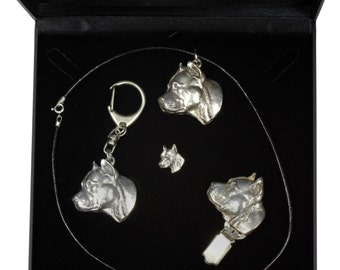 NEW, American Staffordshire Terrier, dog keyring, necklace, pin and clipring in casket, DELUXE set, limited edition, ArtDog