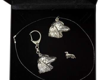 NEW, Teckel Longhaired, dog keyring, necklace and pin in casket, DELUXE set, limited edition, ArtDog . Dog keyring for dog lovers