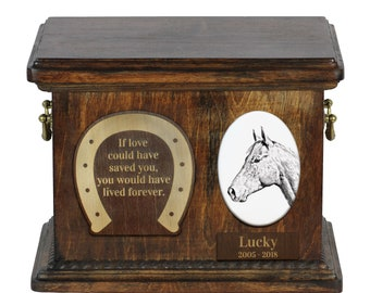 Urn for horse ashes with ceramic plate and sentence - Holsteiner, ART-DOG. Cremation box, Custom urn.