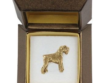NEW, Schnauzer, dog pin, in casket, gold plated, limited edition, ArtDog