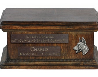Urn for dog's ashes with relief and sentence with your dog name and date - Dobermann, ART-DOG. Low model. Cremation box, Custom urn.