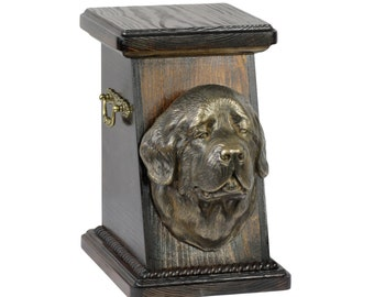 Urn for dog's ashes with a Newfoundland, ART-DOG Cremation box, Custom urn. Cremation box, Custom urn.