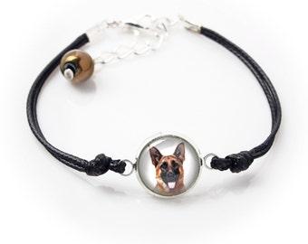 German Shepherd. Bracelet for people who love dogs. Photojewelry. Handmade.
