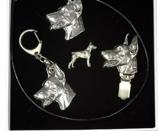 NEW, Dobermann, dog keyring, necklace, pin and clipring in casket, ELEGANCE set, limited edition, ArtDog . Dog keyring for dog lovers