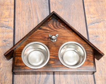 A dog's bowls with a relief from ARTDOG collection - Chihuahua