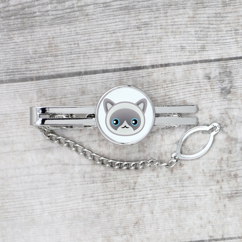 A tie pin with a Ragdoll Men\u2019s jewelry A new collection with the cute Art-dog cat