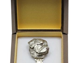 NEW, Rottweiler, dog clipring, in casket, dog show ring clip/number holder, limited edition, ArtDog