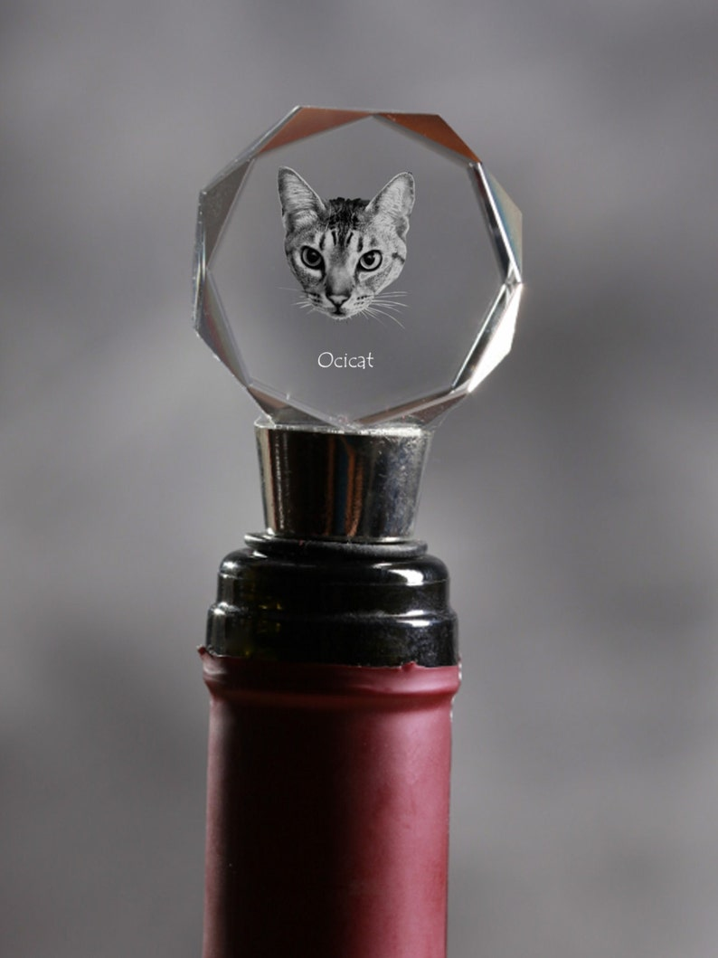 High Quality Exceptional Gift Ocicat Crystal Wine Stopper with cat Wine and Cat Lovers