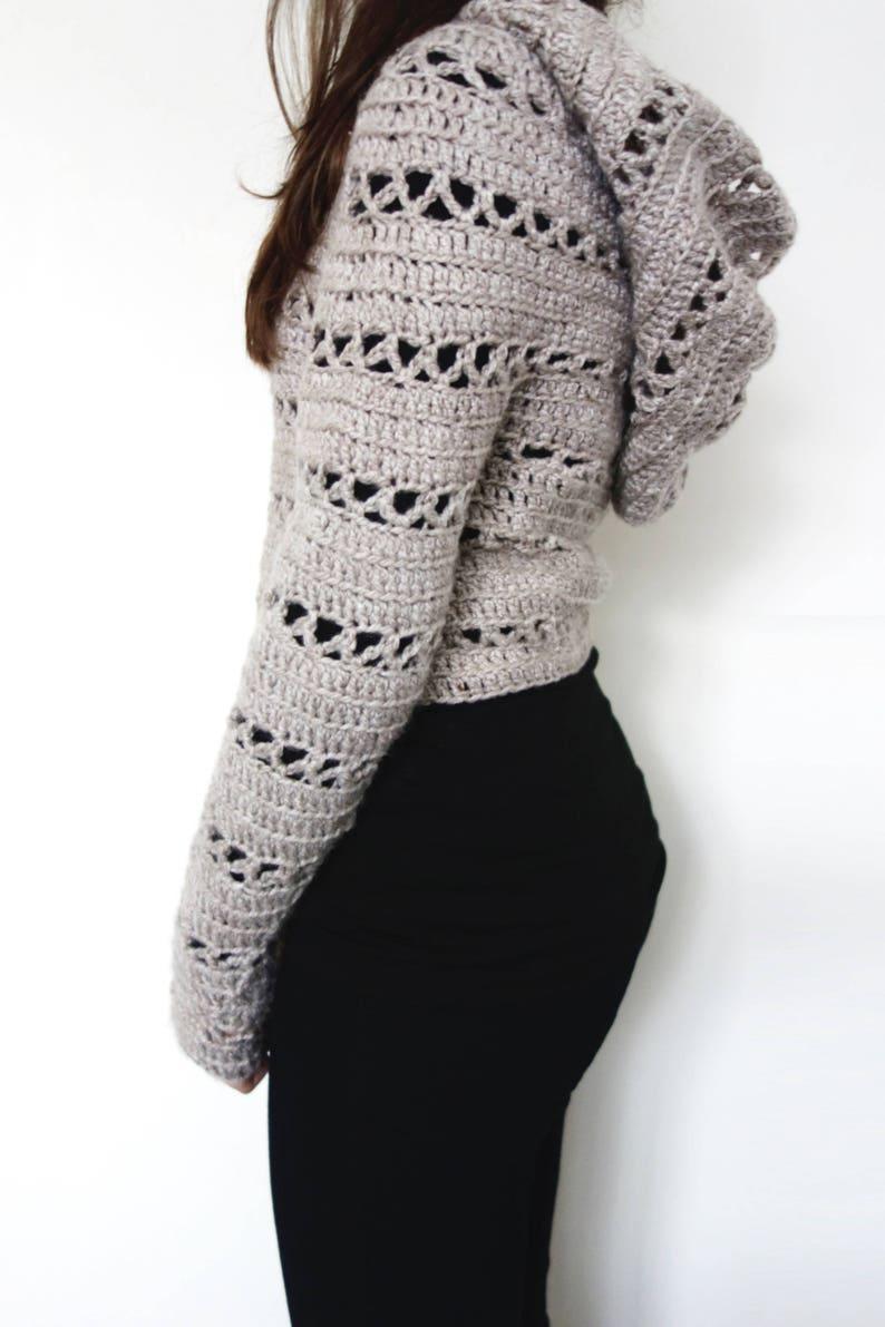 475500b30e8449 Sweater Crochet PATTERN Hooded Cropped Sweater  Chunky Knit