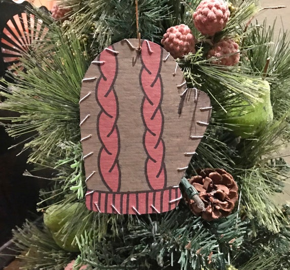 Mitten Ornament #5