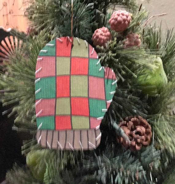 Mitten Ornament #4