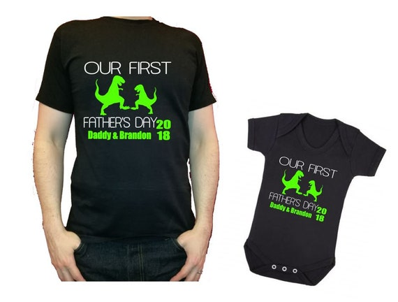 Our first Father/'s Day Daddy daddysaurus dinosaur baby dino personalised t-shirt