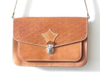 37c293dd8526 Vintage Crossbody Bags