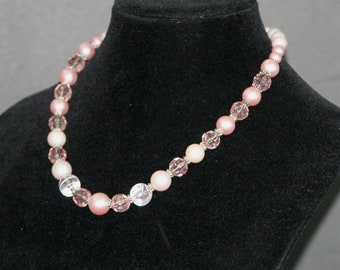 Pink Beaded Necklace,Light Pink Beaded Necklace,Single Strand Light Pink Bead Necklace,Single Strand Pink Facet Bead Necklace,Pink Necklace