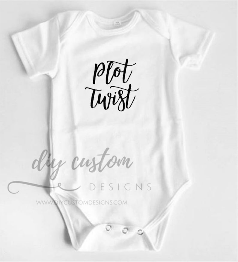 Pregnancy Reveal Surprise Announcement Baby Due Custom Box Photography Bodysuit