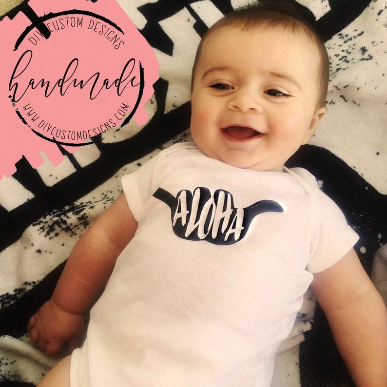 be6b2c4558fe Aloha Baby Onesies® Hawaii Baby Onesies® Baby Bodysuit   Etsy
