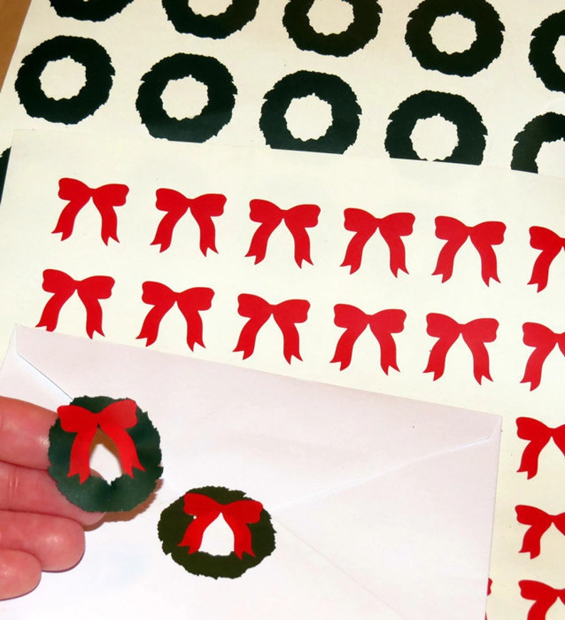 winter holidays envelope seals vinyl decals red bows peel and stick Christmas card labels wreaths DIY holiday decor wreath stickers