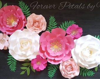 Set of 9 Paper Flowers Nursery/Wedding /Home Decor