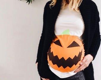 e4165f6a6bba1 Pumpkin Bump Halloween Maternity T-Shirt - Mamagama Pregnancy tshirt -  Mamagama Maternity Wear