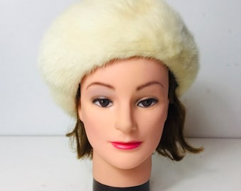 0cb65cd2623 Vintage Womens Ladies Winter Beret Hat Fur Azens Pittsburgh NEW In Box A7806