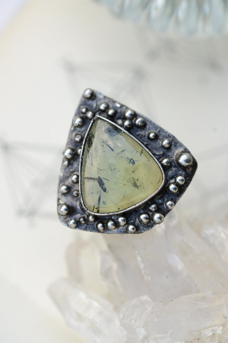witchy crystal Big prehnite ring in size 7.5 to 8 US bohemian jewelry statement jewelry ooak jewelry chunky 56mm-56,5mm rustic