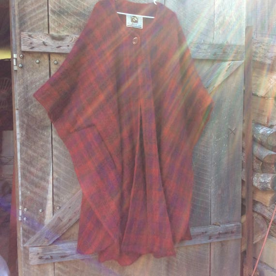 Vintage Gray Walsh International mohair red and pu