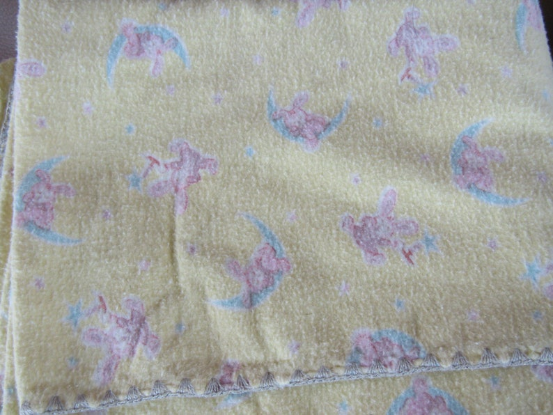 lot of 6 vintage flannel baby blankets plue one flannel sheet