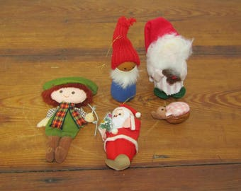 lot of 5 vintage Christmas ornaments